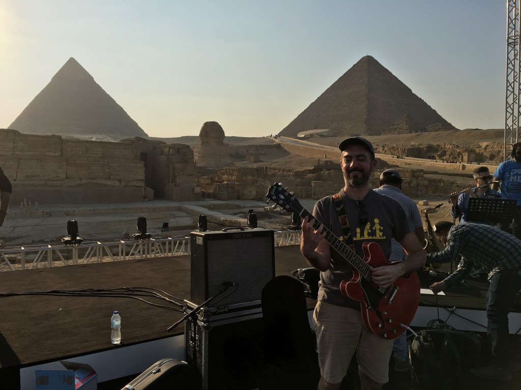 Concert with Omar Kamal at the Pyramids